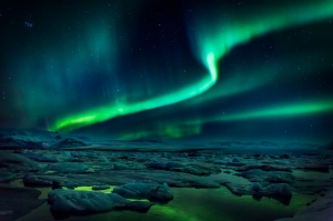 aurora-borealis-or-northern-lights-iceland-3